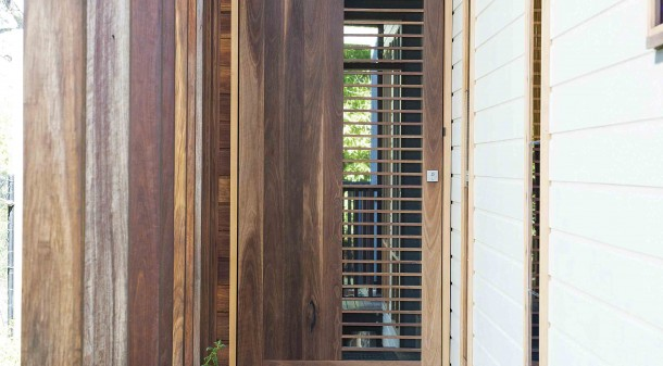 External finishes respond to the fabric of existing neighbours of weatherboard timber and corrugated iron.