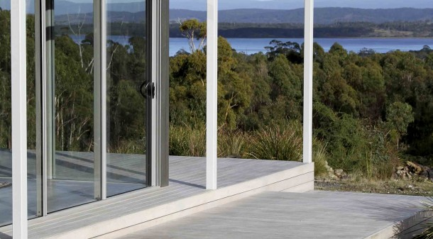 A key challenge for architect Stephen Geason was to find a way to take in the views from the west over the lagoon, while maximising solar gain and minimising unwanted heat loss.
