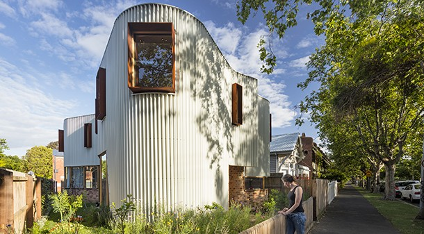 Though the small site doesn't allow for an extensive garden, the shape of the house was carefully considered to leave space for a series of 'pocket' gardens all around it. Victoria has been busy crafting them into edible, native, flowering and shade gardens.