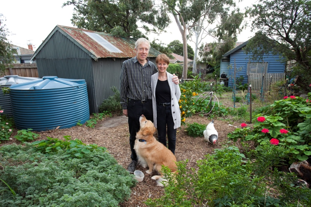 Stuart McQuire and Wendy Orams were second in Australia to install a grid-connected rooftop PV system and haven't paid an electricity bill since 1996.