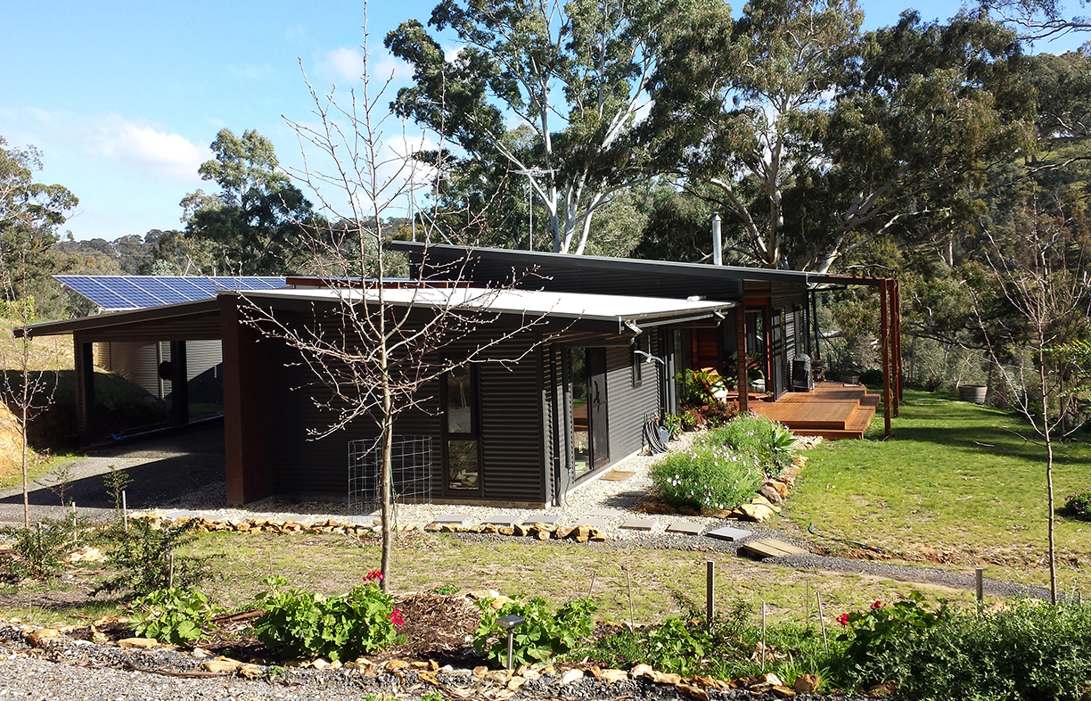 Kathy and Bob opened their passive solar off-grid home in Chandlers Hill, SA, on Sustainable House Day 2018, to share their owner-builder experience with visitors. Image: Kathy Menzel